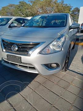 Nissan Versa Advance usado (2019) color Plata Dorado precio $190,800