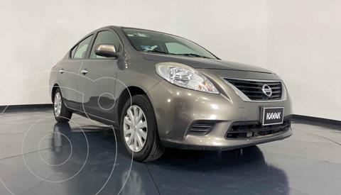 Nissan Versa Sense  usado (2013) color Dorado precio $124,999