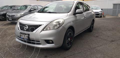 Nissan Versa Advance  usado (2014) color Plata Dorado precio $120,000