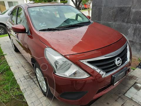 Nissan Versa Sense usado (2016) color Rojo precio $134,500