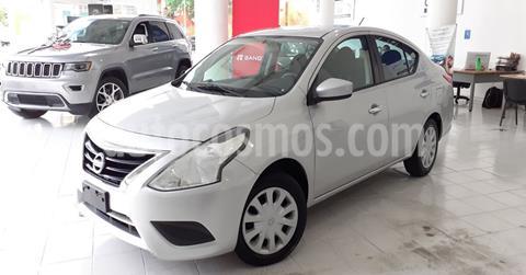Nissan Versa Sense Aut usado (2017) color Plata Dorado precio $144,900