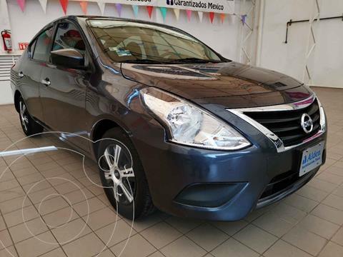 Nissan Versa Sense usado (2018) color Gris precio $168,000