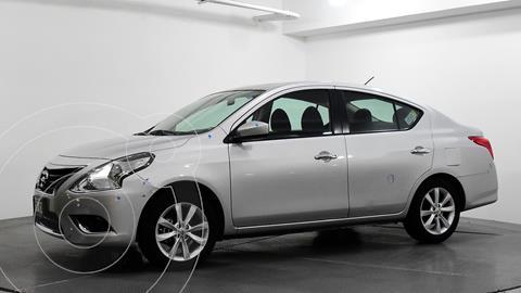 Nissan Versa Advance Aut usado (2018) color Plata Dorado precio $190,410