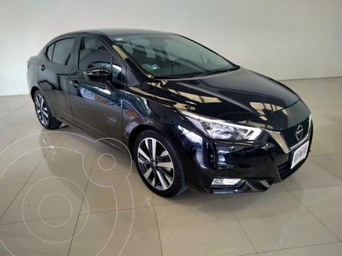 Nissan Versa Exclusive Aut usado (2020) color Plata precio $305,000