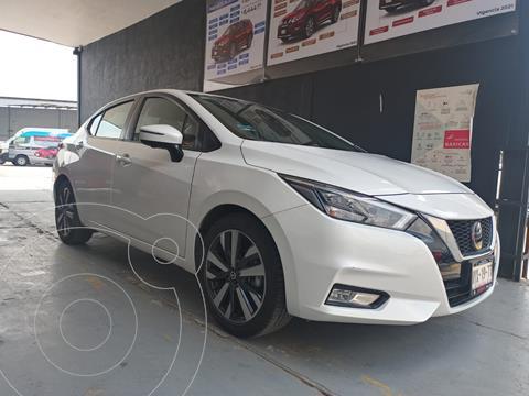 Nissan Versa Platinum Aut usado (2020) color Blanco precio $299,800