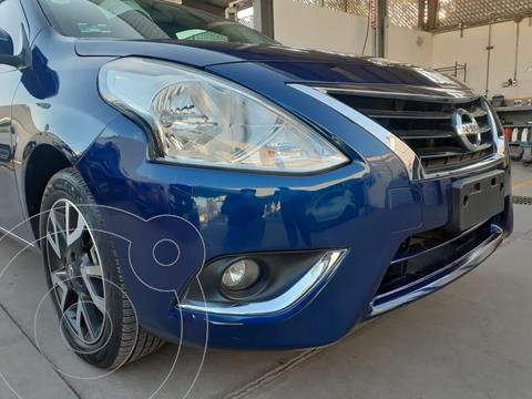 Nissan Versa Advance usado (2019) color Azul precio $215,000