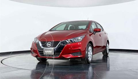Nissan Versa Sense usado (2020) color Rojo precio $268,999