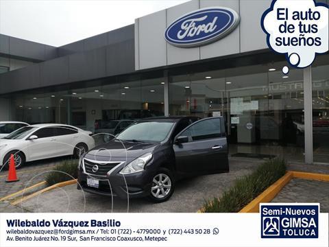 Nissan Versa Sense usado (2019) color Gris Oscuro precio $195,000
