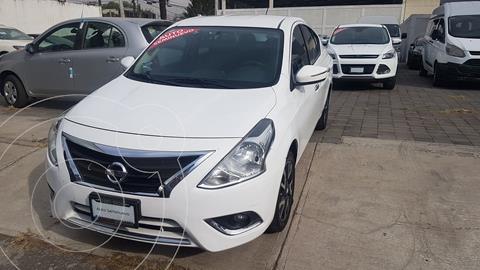 Nissan Versa Exclusive NAVI Aut usado (2018) color Blanco precio $186,500