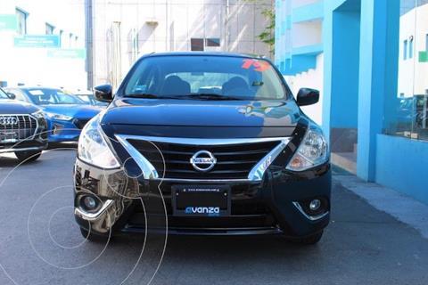 Nissan Versa Sense usado (2019) color Negro precio $225,000