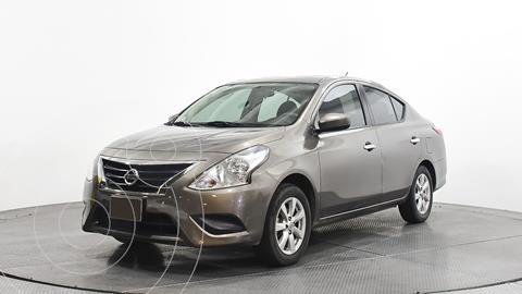 Nissan Versa Sense Aut usado (2019) color Gris precio $218,800