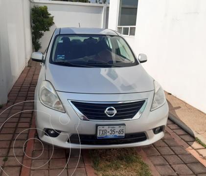 Nissan Versa Advance usado (2013) color Plata precio $133,000