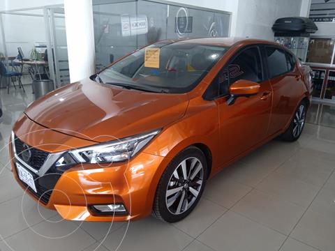 Nissan Versa Platinum Aut usado (2020) color Naranja precio $309,900