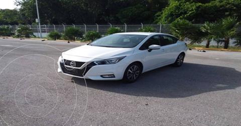 Nissan Versa Advance usado (2020) color Blanco precio $264,890