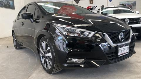 Nissan Versa Platinum Aut usado (2020) color Negro precio $305,000