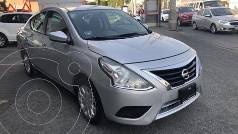 Nissan Versa Sense Aut usado (2019) color Plata financiado en mensualidades(enganche $44,715 mensualidades desde $4,461)