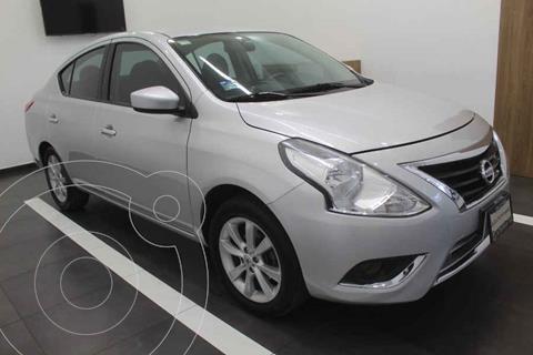 Nissan Versa Advance usado (2017) color Plata precio $175,000