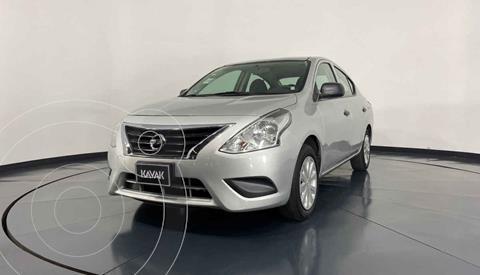 Nissan Versa Drive usado (2018) color Plata precio $159,999