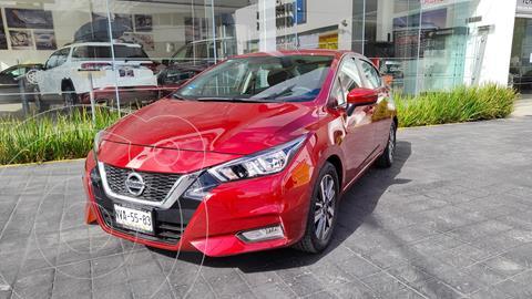 Nissan Versa Advance usado (2020) color Rojo precio $305,000