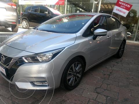 Nissan Versa Advance usado (2020) color Plata precio $269,000