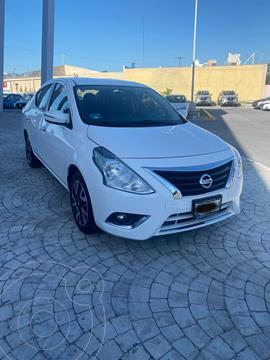 Nissan Versa Exclusive NAVI Aut usado (2019) color Blanco precio $210,000
