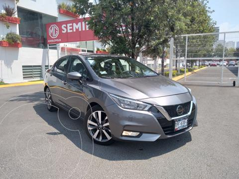 Nissan Versa Platinum Aut usado (2020) color Gris Oscuro precio $315,000