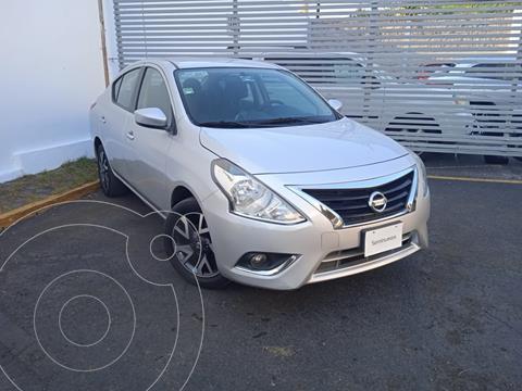Nissan Versa Advance usado (2019) color Plata precio $200,000