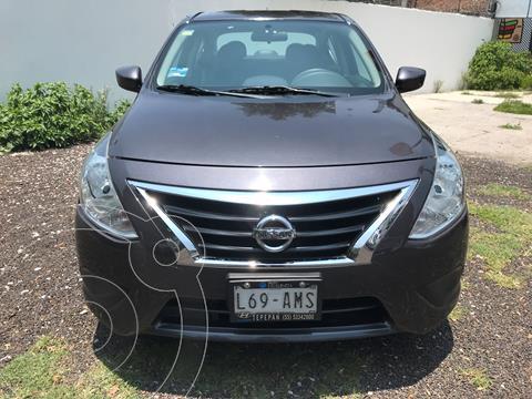 Nissan Versa Sense Aut usado (2017) color Acero precio $165,000