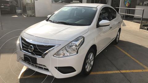 Nissan Versa Sense Aut usado (2019) color Blanco financiado en mensualidades(enganche $54,250 mensualidades desde $4,199)