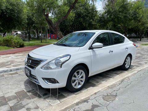 Nissan Versa Advance Aut usado (2015) color Blanco precio $189,900