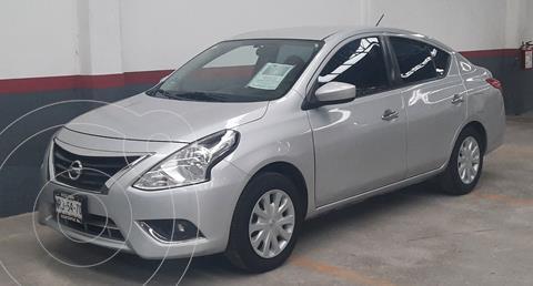 Nissan Versa Sense usado (2015) color Plata Dorado precio $143,000