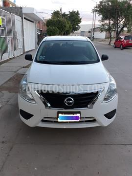 Nissan Versa Drive usado (2018) color Blanco precio $150,000