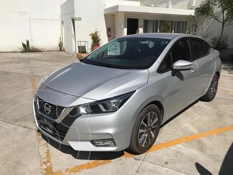 Nissan Versa Advance usado (2020) color Gris precio $244,000