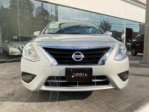Nissan Versa Sense usado (2019) color Plata precio $200,000