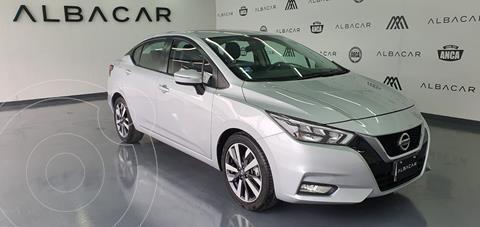 Nissan Versa Exclusive NAVI Aut usado (2020) color Plata Dorado precio $309,900