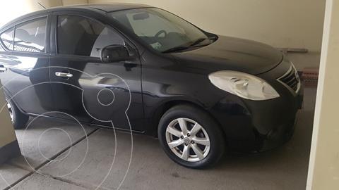 Nissan Versa  1.6L Advance Aut usado (2013) color Negro precio u$s8,200
