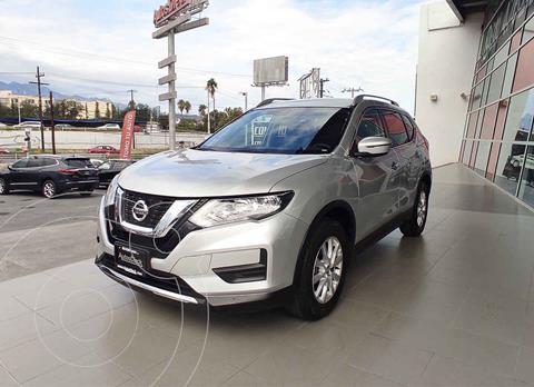 Nissan X-Trail Sense 3 Row usado (2019) color Plata precio $409,000