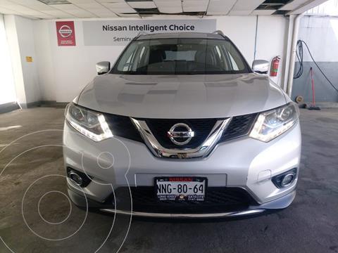 Nissan X-Trail Exclusive 3 Row usado (2017) color Plata Dorado precio $310,000