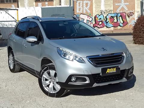 Peugeot 2008 Allure usado (2017) color Plata financiado en cuotas(anticipo $990.000)