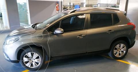 Peugeot 2008 Allure Aut usado (2017) color Gris Aluminium precio $1.499.000