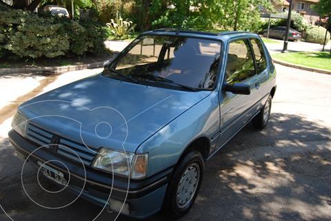 foto Peugeot 205 XS usado (1993) color Azul precio $240.000