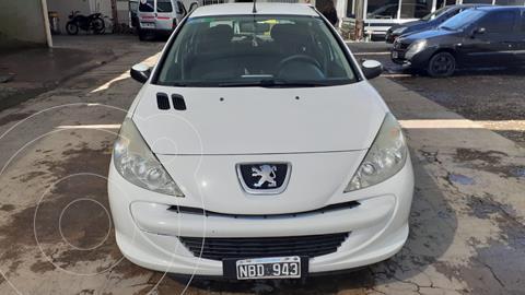 Peugeot 207 Compact 1.4 Allure 5P usado (2013) color Blanco precio $880.000