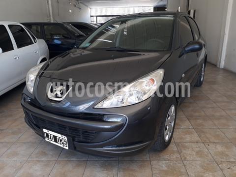 foto Peugeot 207 Compact 1.4 Active 4P usado (2012) color Gris Oscuro precio $550.000