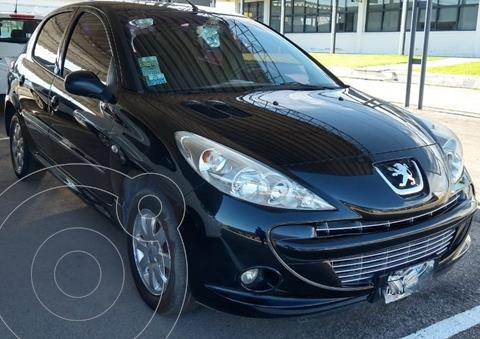 Peugeot 207 Compact 1.4 XS 5P usado (2011) color Negro precio $650.000
