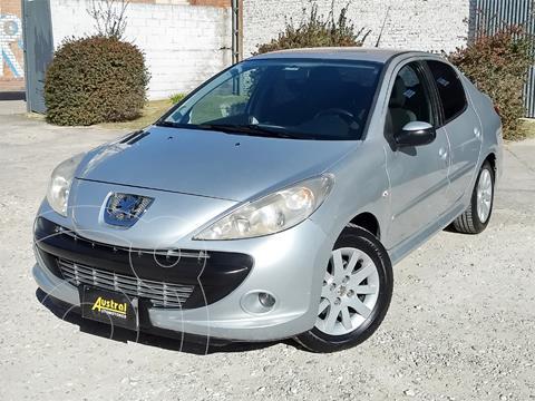 Peugeot 207 Compact 1.6 XT 4P usado (2009) color Gris Claro precio $440.000