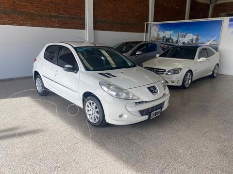 Peugeot 207 Compact 1.6 Allure 5P usado (2013) color Blanco financiado en cuotas(anticipo $475.000)