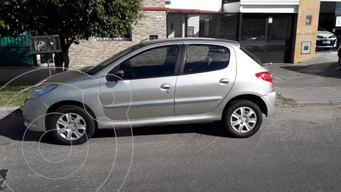 Peugeot 207 Compact 1.4 Allure 4P usado (2013) color Gris Aluminium financiado en cuotas(anticipo $534.000)