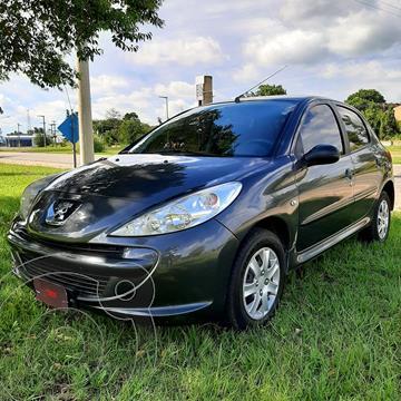 Peugeot 207 Compact 1.4 XR 5P usado (2011) color Negro precio $882.000