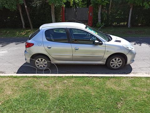 Peugeot 207 Compact 1.4 XS 5P usado (2010) color Gris precio $640.000