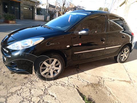 Peugeot 207 Compact 1.4 Quicksilver 5P usado (2012) color Negro Perla precio $910.000